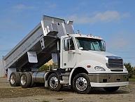 2019 Freightliner Columbia ISL 8x4 Tipper